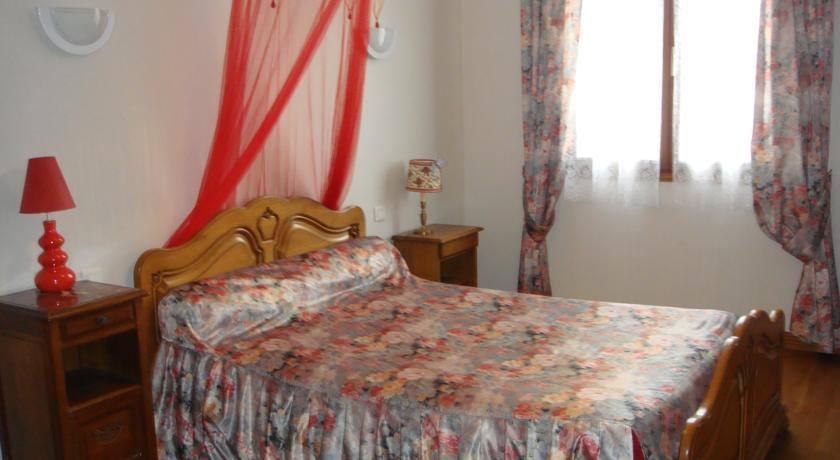 Chambres d'Hotes chez Gaston et Renée-Chambres-d-Hotes-chez-Gaston-et-Renee