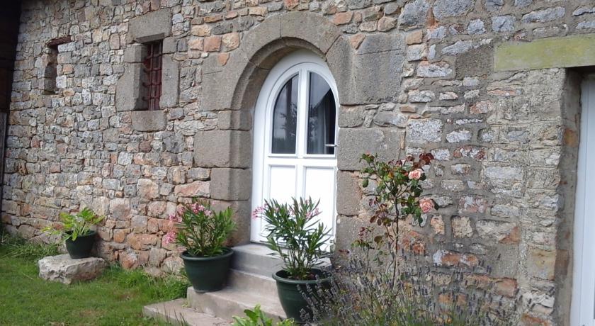 Chambre d'hôtes La Ruzardière-Chambre-d-hotes-La-Ruzardiere