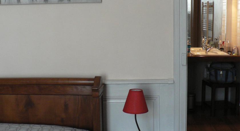 La Terrasse de la Grand'Rue 6 - chambre d'hôtes --La-Terrasse-de-la-Grand-Rue-6-chambre-d-hotes-