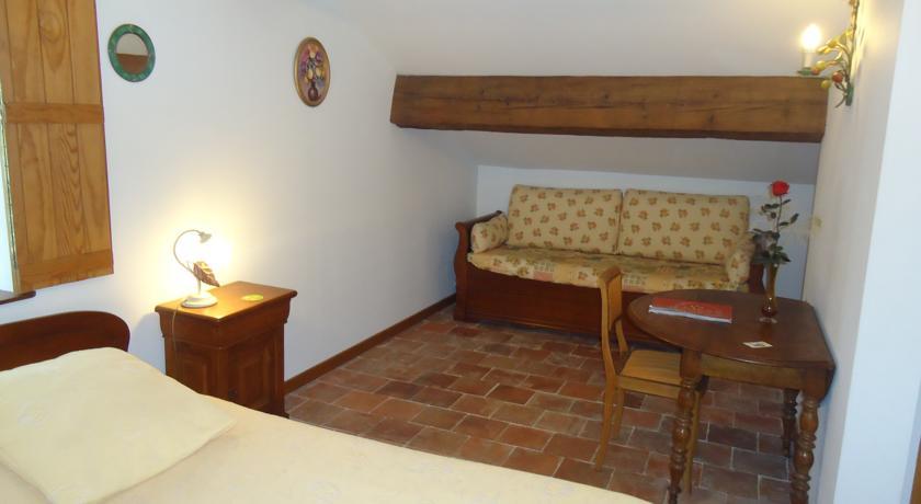 Domaine de la Pinsonnière - Chambres d'hôtes-Domaine-de-la-Pinsonniere-Chambres-d-hotes
