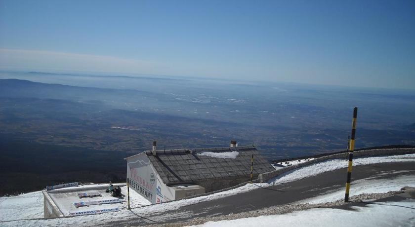 Les Gites du Mont Ventoux-Les-Gites-du-Mont-Ventoux