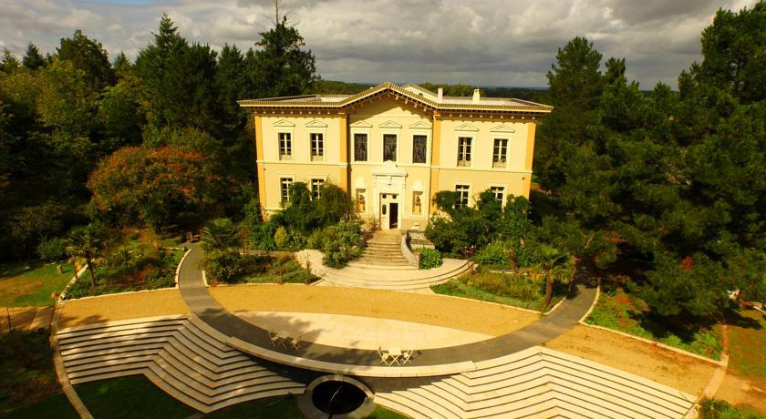 Chateau de Bézyl-Chateau-de-Bezyl