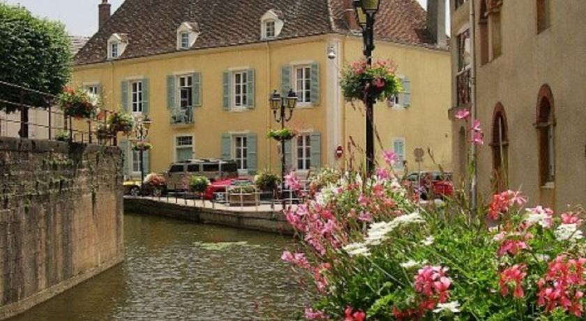 Chambres d'Hôte Le Clos de L'Argolay-Chambres-d-Hote-Le-Clos-de-L-Argolay