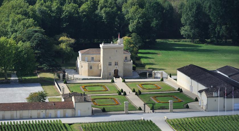 Château La Tour Carnet-Chateau-La-Tour-Carnet