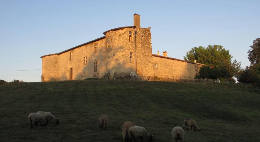 Le Château De Sauros-Le-Chateau-De-Sauros