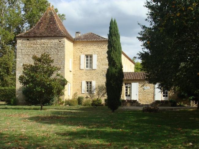 Château La Gineste-Credit-Les-Vignobles-de-la-Gineste
