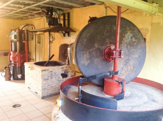 Moulin à Huile de Noix de Font St Georges-Credit-M-Maury
