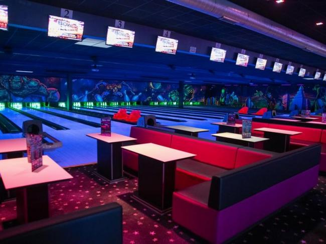 COMPLEXE DE LOISIRS - BOWLING CENTER-Credit
