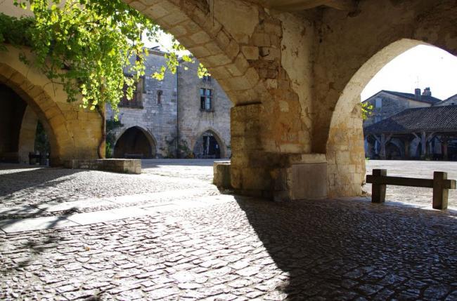 Balade patrimoine en Pays de Monpazier-Credit-Pays-de-Bergerac-Vignoble-et-Bastides
