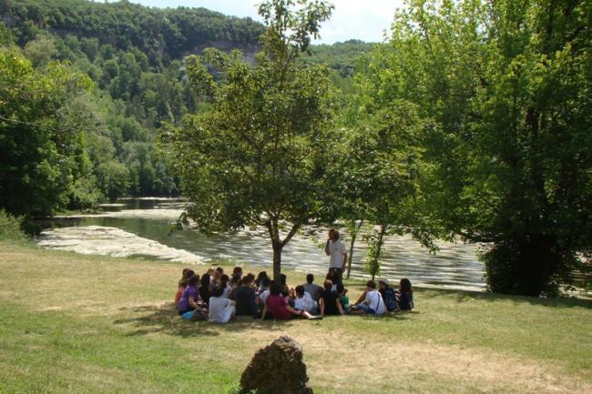 Préhisto-balade aux Eyzies-Credit-Pole-International-de-la-Prehistoire