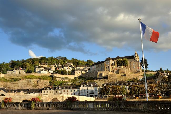 Visite de la ville ancienne de Terrasson-Credit-OTVPN