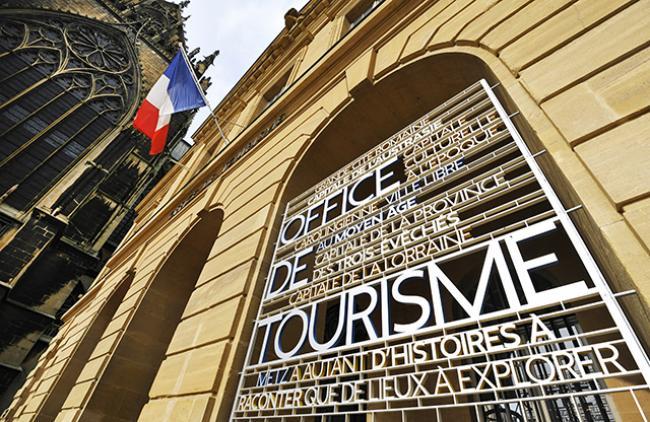 VISITE GUIDÉE DE METZ - LES INFLUENCES EUROPÉENNES DANS L'ARCHITECTURE DU CENTRE-VILLE, FR/DE-Credit-Philippe-Gisselbrecht--Office-de-Tourisme-de-Metz