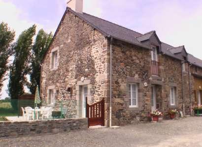 Gîte de la Verdière-Francis-et-Catherine-vous-accueillent-dans-leurs-gites-de-La-Verdiere