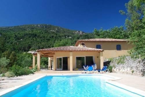 Elite Villa with Swimming Pool in Bargemon, Provence-Le-Calicou