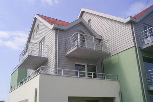 Modern Holiday Home in Wimereux near the Sea-Les-Dunes