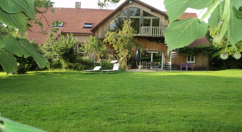 Elegant Holiday Home in Niderviller near Forest-Noisette