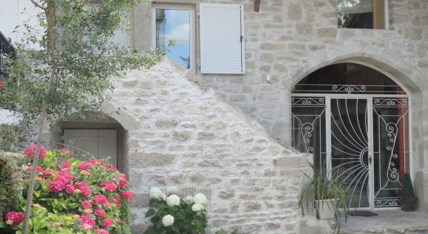 La Maison des Grenouillettes-La-Maison-des-Grenouillettes