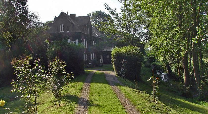 Holiday Home Le Manoir de la Huchette-Route-de-Saint-Andre-d-Hebertot