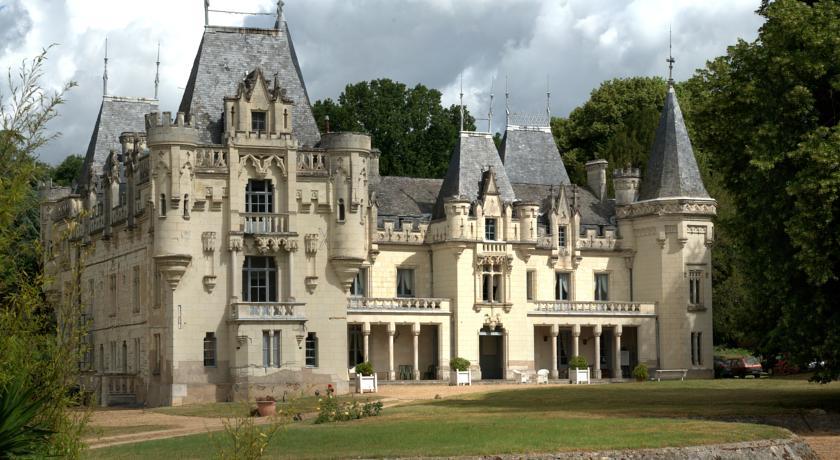 Chateau de Salvert - Gites-Chateau-de-Salvert-Gites