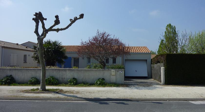 Holiday Home Les Bains-Les-Bains