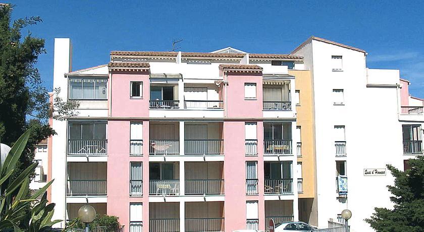 Apartment Quai d'Honneur-Quai-d-Honneur