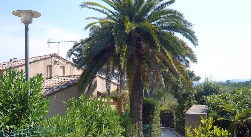 Holiday Home Le Clos de la Ricarde.1-Le-Clos-de-la-Ricarde