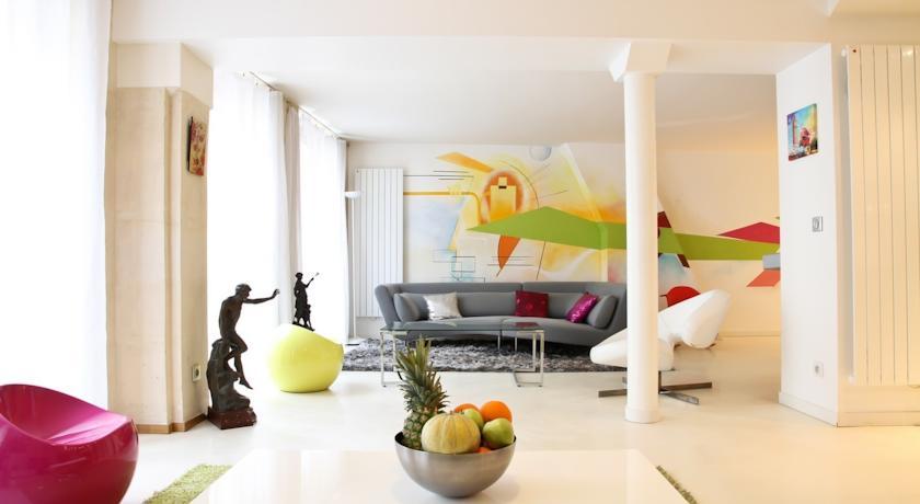 Private Apartment - Central Paris - Louvre - 014-Private-Apartment-Central-Paris-Louvre-014
