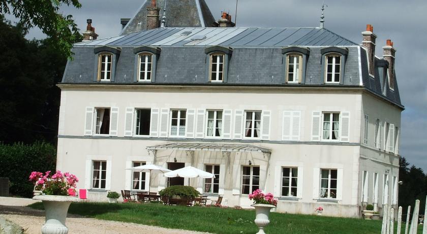 Château Et Gîtes Saint Gervais-Chateau-Et-Gites-Saint-Gervais