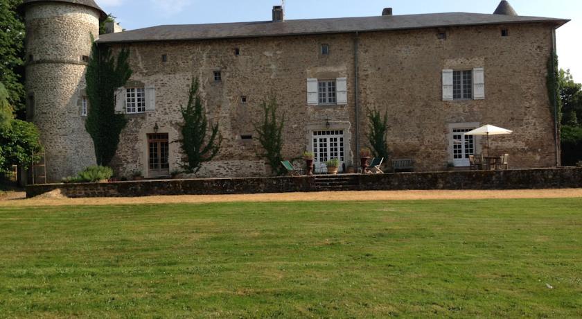 Chateau de Roussac-Chateau-de-Roussac