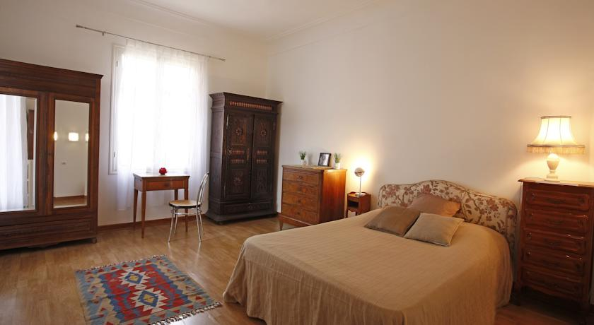 Apartment White-Apartment-White