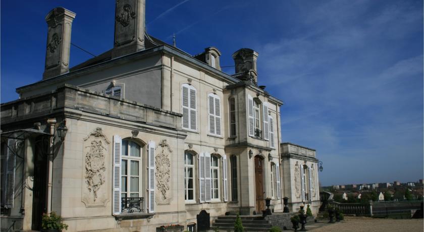Château du Clos Mortier-Chateau-du-Clos-Mortier