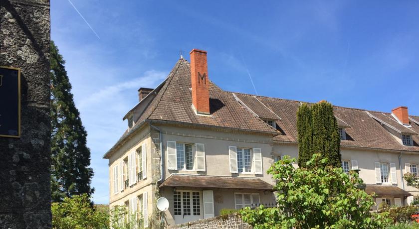 Chateau de Corrige-Chateau-de-Corrige