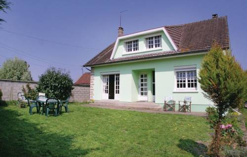 Holiday Home Toeufles Rue Bas Chaussoy-Holiday-Home-Toeufles-Rue-Bas-Chaussoy