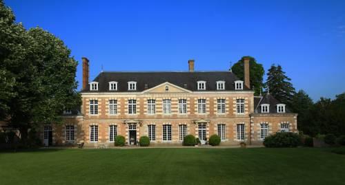Château de la Giraudière-Chateau-de-la-Giraudiere