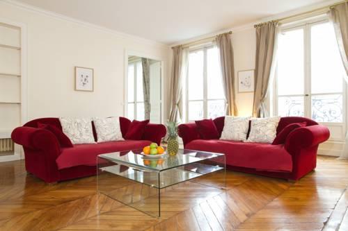 Private Apartment - Saint Germain - Rue de Rennes-Private-Apartment-Saint-Germain-Rue-de-Rennes