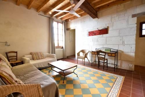 Genive - Jolie maison typique avec sa terrasse-Genive