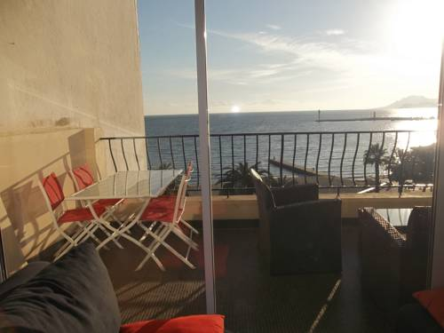 Two Bedrooms Apartment in Cannes-Two-Bedrooms-Apartment-in-Cannes
