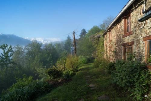 La Trabesse en Pyrénées-La-Trabesse-en-Pyrenees