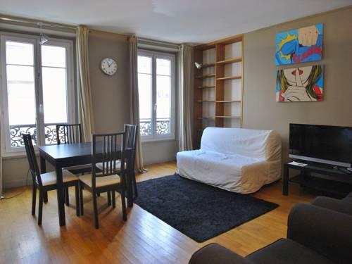 1 separated bedroom Montmartre-1-separated-bedroom-Montmartre