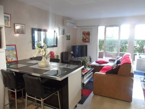 Cannes Home Rental studio Carnot-Cannes-Home-Rental-studio-Carnot