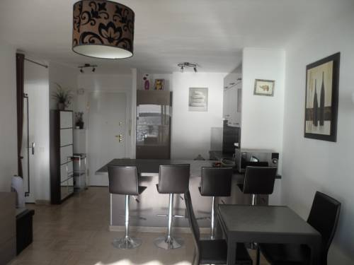 Home Rental Appartement Laugier-Home-Rental-Appartement-Laugier