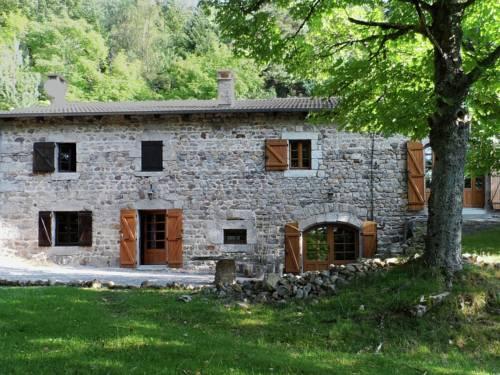 A Beautiful Stone farmhouse-A-Beautiful-Stone-farmhouse