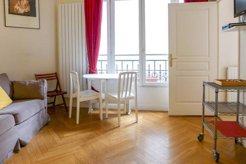 The sweet nest in Boulevard Malesherbes-The-sweet-nest-in-Boulevard-Malesherbes