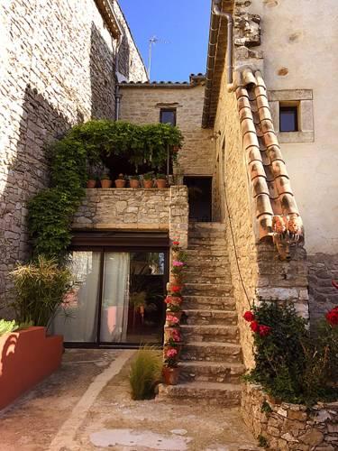 Maison atypique 11e siècle-Maison-atypique-11e-siecle