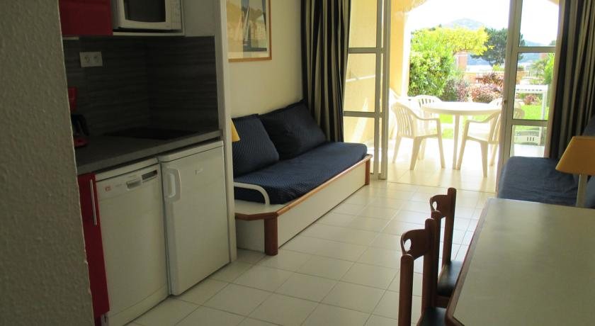 Cap Esterel Apartments-Cap-Esterel-Apartments