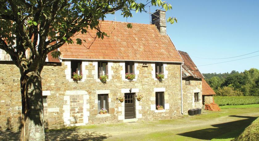 Maison De Vacances - Sourdeval-Les-Bois-Maison-De-Vacances-Sourdeval-Les-Bois