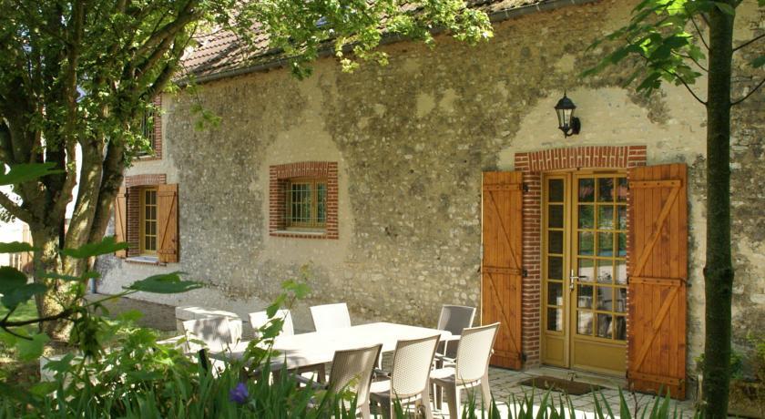 Maison De Vacances - Treilles-En-Gatinais-Maison-De-Vacances-Treilles-En-Gatinais