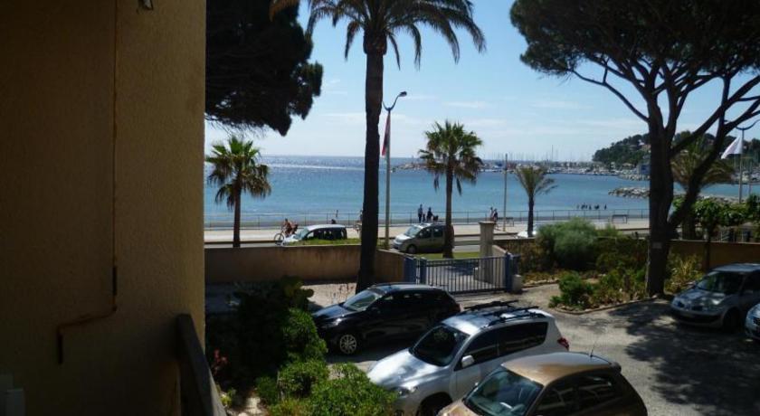 Rental Apartment Les Agaves - Cavalaire-Sur-Mer-Rental-Apartment-Les-Agaves-Cavalaire-Sur-Mer