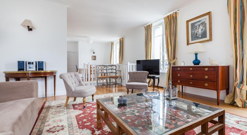 Versailles Experience Exquisite-Versailles-Experience-Exquisite
