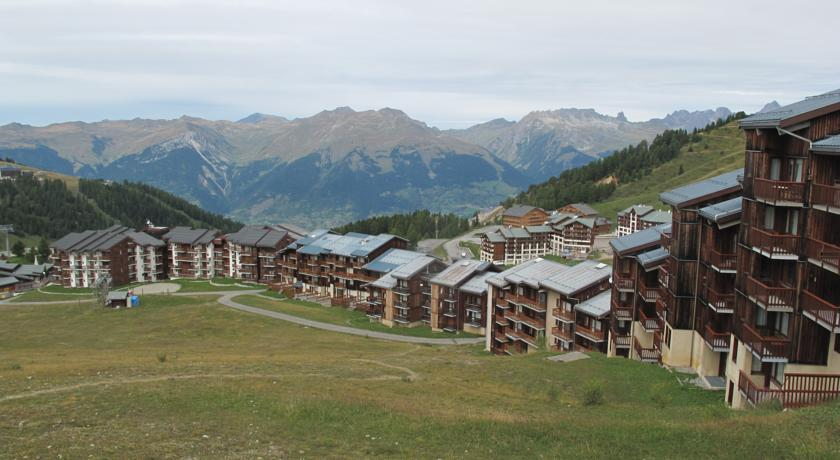 Les Aollets-Apartment-In-Aollets